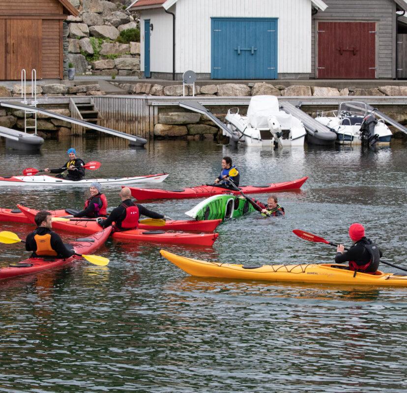 Kajakk-kurs i Port steingard, ved PS Bryggekafé
