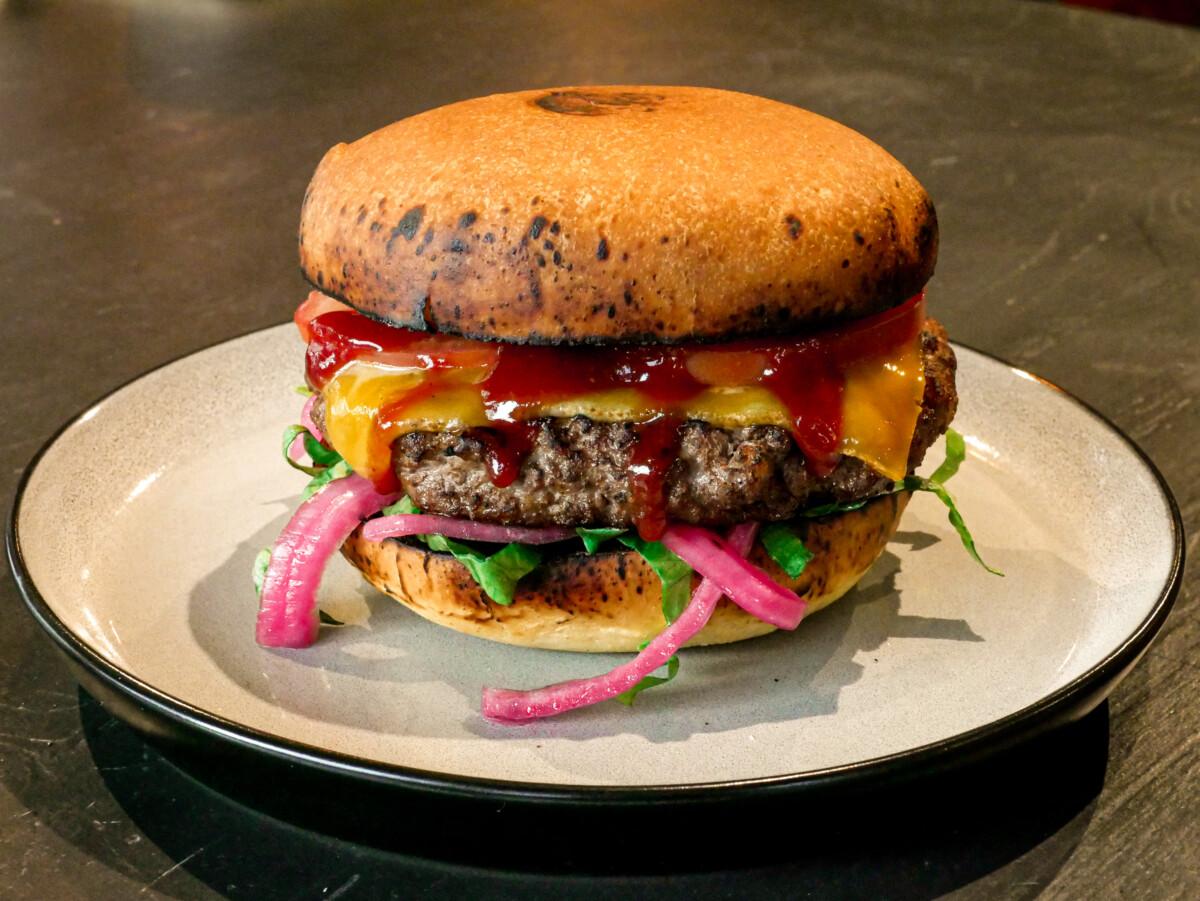 BBQ Burger på PS-Bryggekafé
