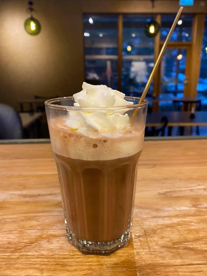 kakao med krem på PS Bryggekafé
